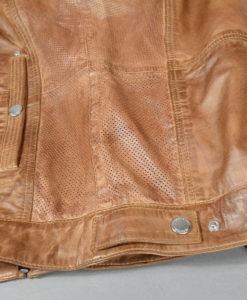 E-Boutique SUITE 61 Blouson en cuir teinte acajou, empiècements perforés sur les côtés, style moderne et urbain.