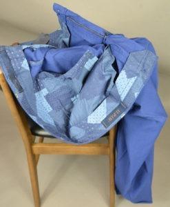 Doublure intérieure, Marque A.T.P.C.O, Pantalon chino bleu, style printanier.