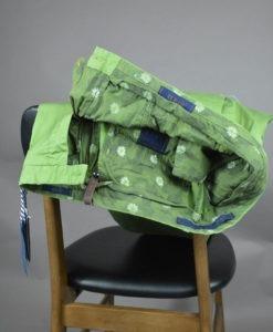Doublure intérieur du Pantalon chino vert prairie doublure fleurie, style casual et frais. ATPCO