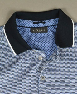 KITARO MEN à la Boutique SUITE 61, Polo bleu à motifs