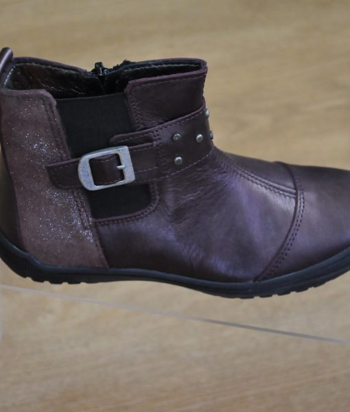 58c17cde4cde1 chaussures bottines fille prune Taille   24 au 27 et 28 au 34 Marque ...